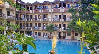 Club Herakles Hotel